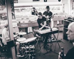 Linear John im Soultrade Recordstore Berlin September 2017